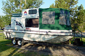Nomad Houseboats Inc Related Keywords & Suggestions - Nomad